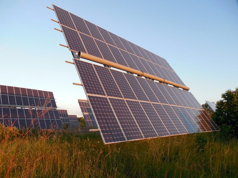 Recent Discovery Makes Organic Solar Cells as Much as 1000 times Cheaper than Solar Panels