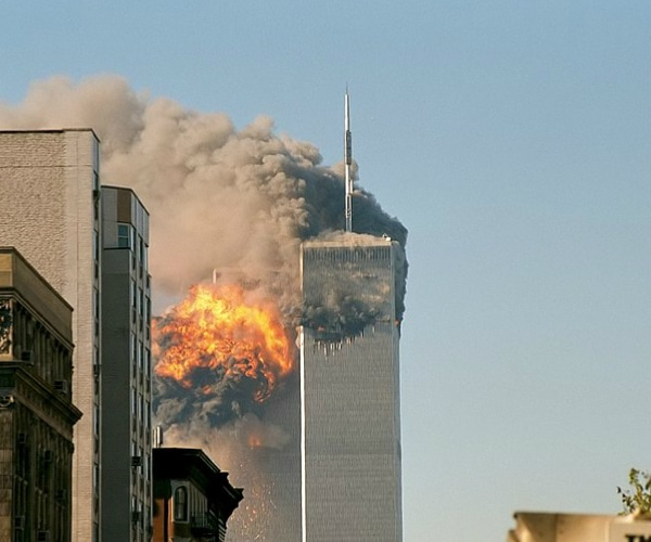 FBI cover-up 9-11 Hijackers lived with FBI Informant